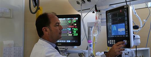 Dr. Ferrer Roca | HM Delfos