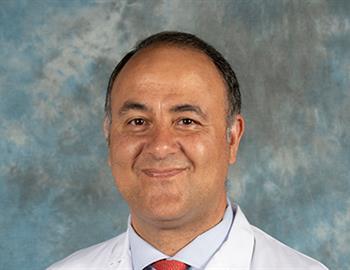 Dr. Emiliano Calvo